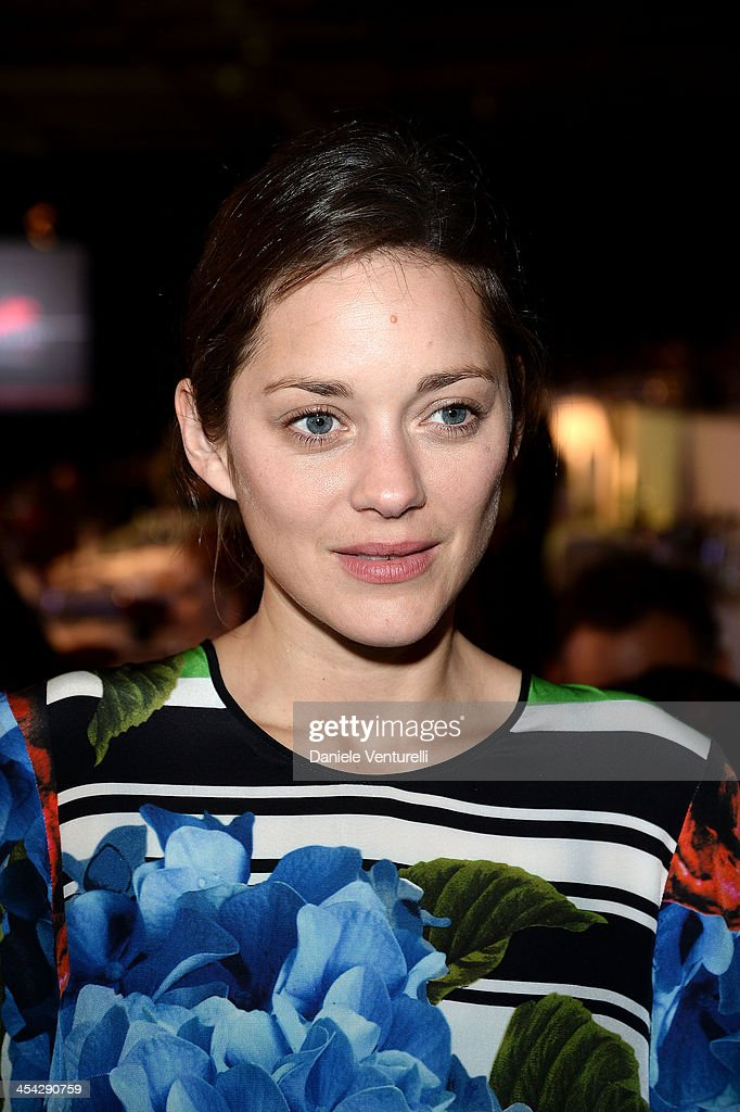 Marion Cotillard attends day 4 of the Gucci Paris Masters 2013 at Paris Nord Villepinte on December 8, 2013 in Paris, France.