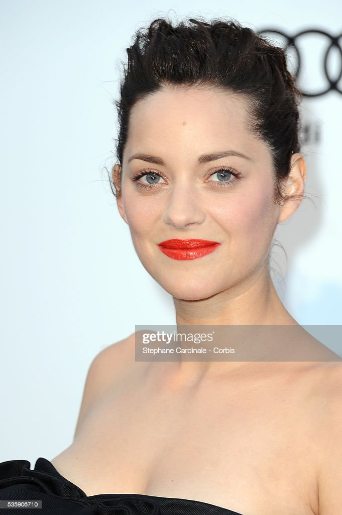 Marion Cotillard attends the '2010 amfAR's Cinema Against AIDS' Gala.