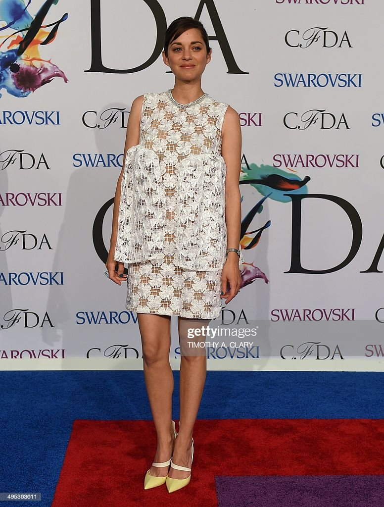 Marion Cotillard attends the 2014 Council of Designers of America Awards (CFDA)at Alice Tully Hall at the Lincoln Center June 2, 2014 in New York City. AFP PHOTO / Timothy A. CLARY