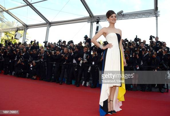 Marion Cotillard attends the 'Blood Ties' Premiere during the 66th Annual Cannes Film Festival at the Palais des Festivals on May 20 2013 in Cannes...