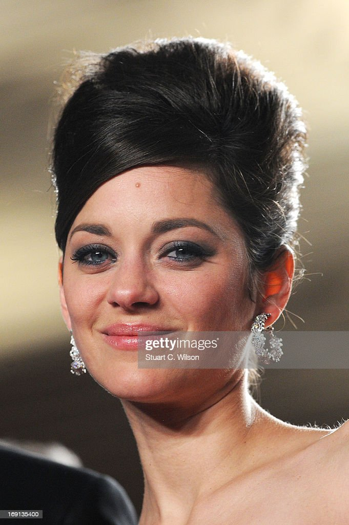 Marion Cotillard attends the 'Blood Ties' Premiere during the 66th Annual Cannes Film Festival at the Palais des Festivals on May 20, 2013 in Cannes, France.