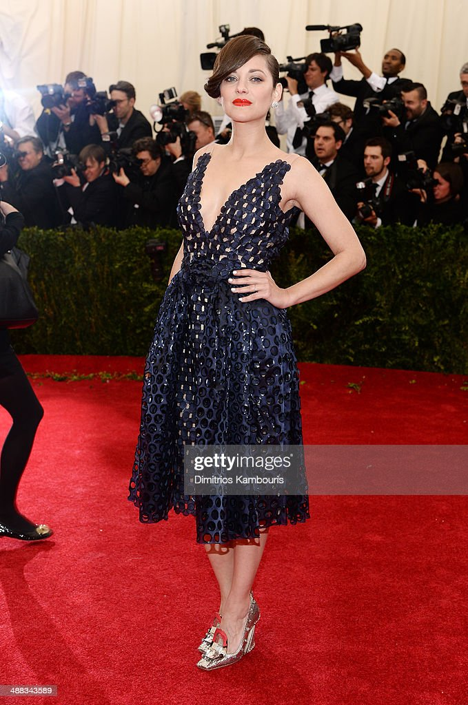 <a gi-track='captionPersonalityLinkClicked' href=/galleries/search?phrase=Marion+Cotillard&family=editorial&specificpeople=215303 ng-click='$event.stopPropagation()'>Marion Cotillard</a> attends the 'Charles James: Beyond Fashion' Costume Institute Gala at the Metropolitan Museum of Art on May 5, 2014 in New York City.