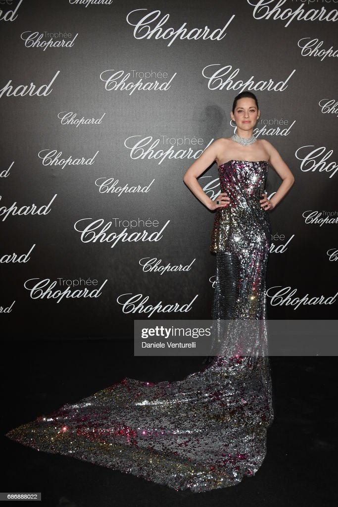 Marion Cotillard attends the Chopard Trophy photocall at Hotel Martinez on May 22, 2017 in Cannes, France.