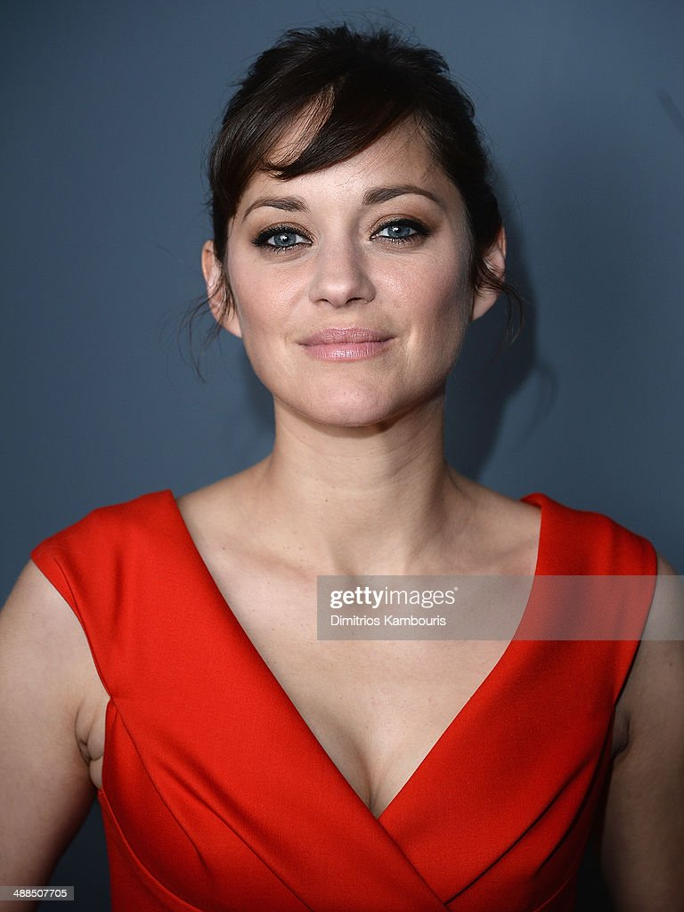 <a gi-track='captionPersonalityLinkClicked' href=/galleries/search?phrase=Marion+Cotillard&family=editorial&specificpeople=215303 ng-click='$event.stopPropagation()'>Marion Cotillard</a> attends the Dior & Vanity Fair with The Cinema Society and Moet & Chandon after party for The Weinstein Company's 'The Immigrant' at Beautique on May 6, 2014 in New York City.