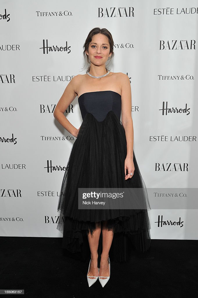 Marion Cotillard attends the Harper's Bazaar Woman of the Year Awards>> at Claridge's Hotel on October 31, 2012 in London, England.