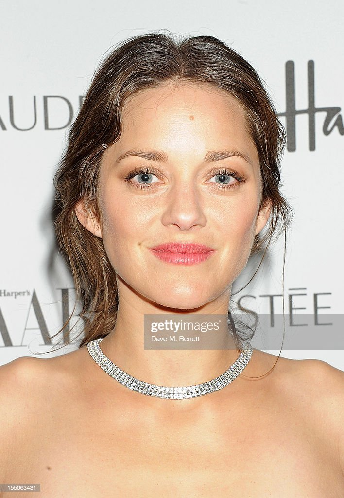 Marion Cotillard attends the Harper's Bazaar Women of the Year Awards 2012, in association with Estee Lauder, Harrods and Tiffany & Co., at Claridge's Hotel on October 31, 2012 in London, England.