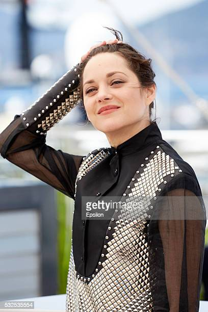 Marion Cotillard attends the 'It's Only The End Of The World ' photocall during the 69th annual Cannes Film Festival at Palais des Festivals on May...