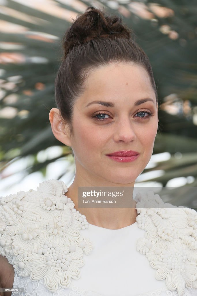 Marion Cotillard attends the photocall for 'The Immigrant' at The 66th Annual Cannes Film Festival on May 24, 2013 in Cannes, France.