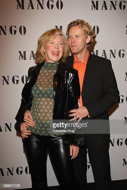 Marion Kracht Und Ehemann Berthold Manns Bei Der Fashionparty '10 Jahre Mango In Deutschland' Im Ewerk In Berlin