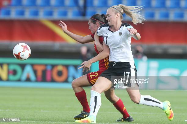 Mariona Caldentey of Spain Sarah Puntigam of Austria women during the UEFA WEURO 2017 quarter finale match between Austria and Spain at Koning Willem...