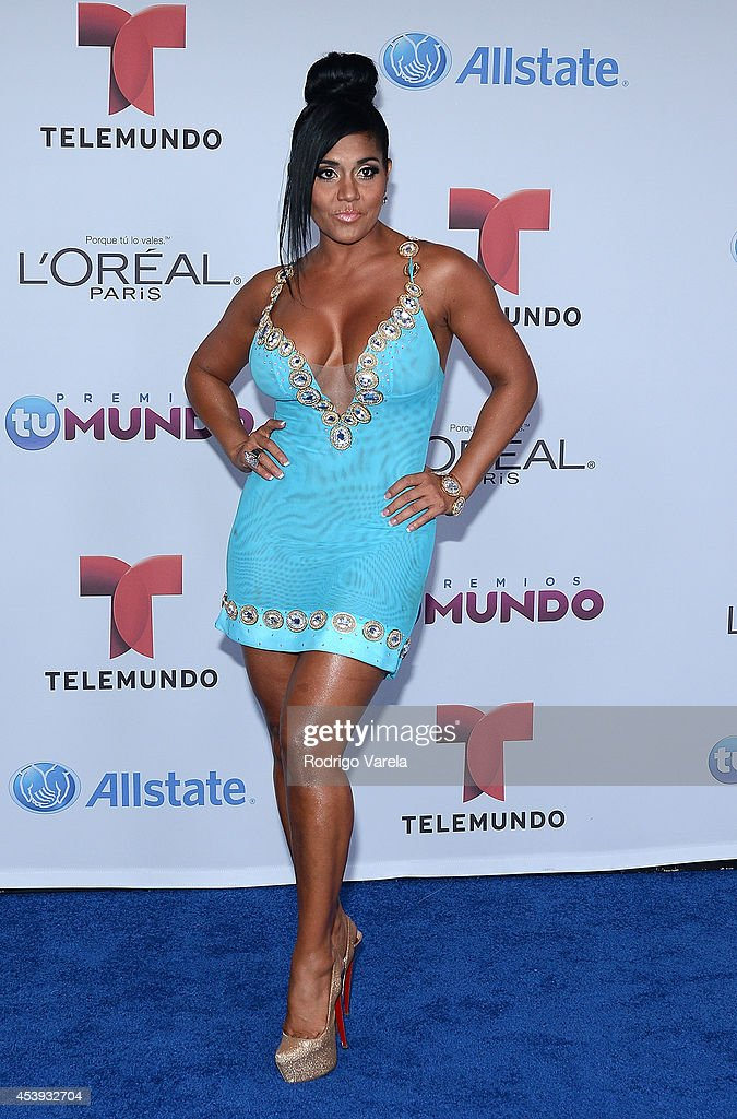 Maripily arrives at Premios Tu Mundo Awards at American Airlines Arena on August 21, 2014 in Miami, Florida.