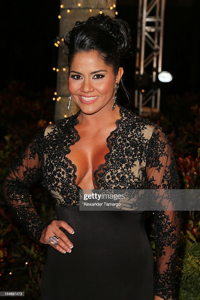 Maripily Rivera arrives at Sabado Gigante 50th Anniversary Celebration at Univision Headquarters on October 24, 2012 in Miami, Florida.