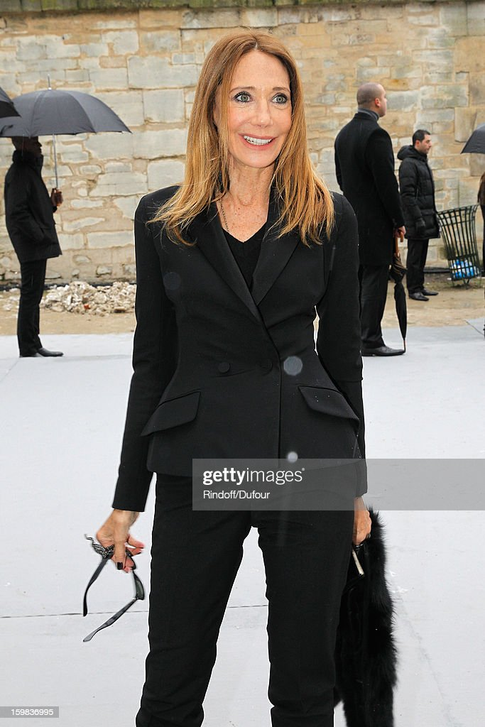 <a gi-track='captionPersonalityLinkClicked' href=/galleries/search?phrase=Marisa+Berenson&family=editorial&specificpeople=206844 ng-click='$event.stopPropagation()'>Marisa Berenson</a> arrives to attend the Christian Dior Spring/Summer 2013 Haute-Couture show as part of Paris Fashion Week at on January 21, 2013 in Paris, France.