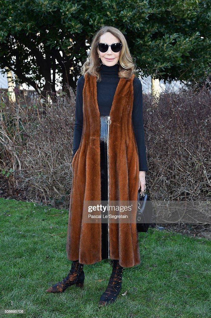 Christian Dior : Outside Arrivals - Paris Fashion Week - Haute Couture Spring Summer 2016