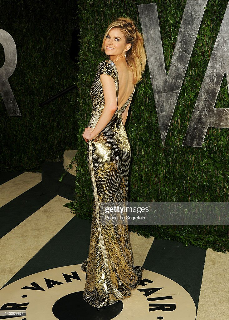 Marisa Miller arrives at the 2012 Vanity Fair Oscar Party hosted by Graydon Carter at Sunset Tower on February 26, 2012 in West Hollywood, California.