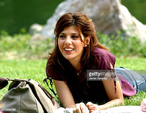 Marisa Tomei during Jack Nicholson Adam Sandler and Marisa Tomei on Location for 'Anger Management' at Central Park in New York City New York United...