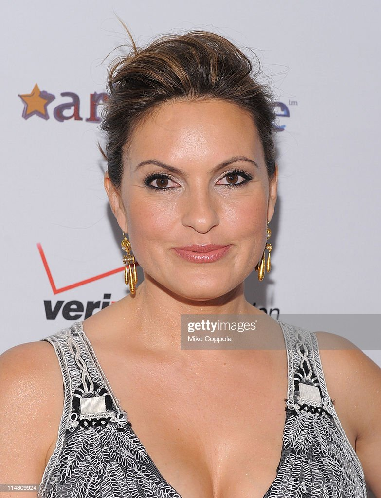 Mariska Hargitay attends the 2011 Joyful Heart Foundation Gala at The Museum of Modern Art on May 17, 2011 in New York City.