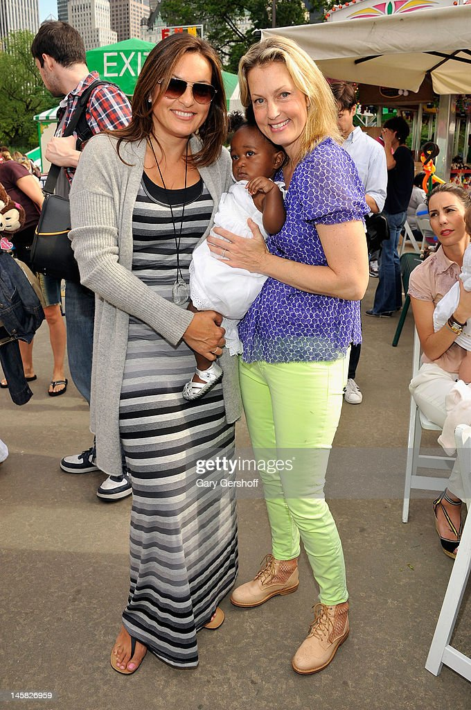 Jessica And Jerry Seinfeld Host The 2012 Baby Buggy Bedtime Bash
