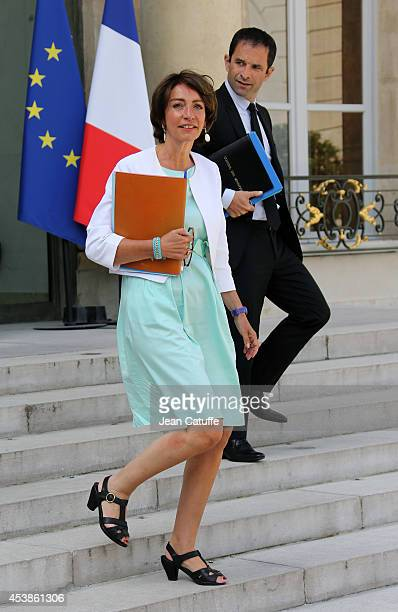 Marisol Touraine french Minister of Health and Social Affairs and Benoit Hamon french Minister of Education attend the 'Conseil des Ministres' the...