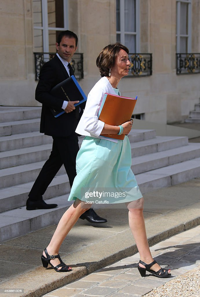 <a gi-track='captionPersonalityLinkClicked' href=/galleries/search?phrase=Marisol+Touraine&family=editorial&specificpeople=4398004 ng-click='$event.stopPropagation()'>Marisol Touraine</a>, french Minister of Health and Social Affairs and <a gi-track='captionPersonalityLinkClicked' href=/galleries/search?phrase=Benoit+Hamon&family=editorial&specificpeople=2143789 ng-click='$event.stopPropagation()'>Benoit Hamon</a>, french Minister of Education attend the 'Conseil des Ministres', the weekly Cabinet meeting around the French President at Elysee Palace on August 20, 2014 in Paris, France.