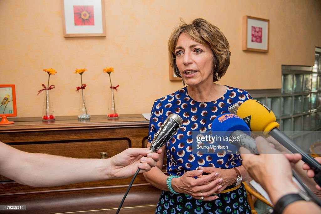 <a gi-track='captionPersonalityLinkClicked' href=/galleries/search?phrase=Marisol+Touraine&family=editorial&specificpeople=4398004 ng-click='$event.stopPropagation()'>Marisol Touraine</a>, French Minister of Social Affairs and Health visits a retirement home on July 2, 2015 in Lyon, France. <a gi-track='captionPersonalityLinkClicked' href=/galleries/search?phrase=Marisol+Touraine&family=editorial&specificpeople=4398004 ng-click='$event.stopPropagation()'>Marisol Touraine</a> visited the home to promote ways to minimise the affects of the current heatwave on the elderly.