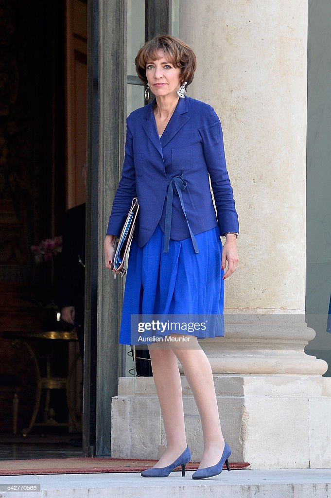 <a gi-track='captionPersonalityLinkClicked' href=/galleries/search?phrase=Marisol+Touraine&family=editorial&specificpeople=4398004 ng-click='$event.stopPropagation()'>Marisol Touraine</a>, French Minister of Social Affairs arrives for an exceptional cabinet meeting following the results of the UK EU Referendum vote at the Elysee Presidential palace on June 24, 2016 in Paris, France. The United Kingdom has voted to leave the EU in a European Union (EU) referendum. British Prime Minister David Cameron announced his resignation now that the majority of British voters decided to leave the European Union.