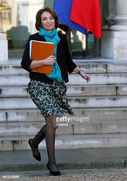 Marisol Touraine French Minister of Social Affairs leaves after the weekly cabinet meeting at the Elysee presidential palace on January 14 2015 in...