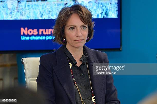 Marisol Touraine French Minister of Social Affairs visits the prefecture of Aisne on March 13 2015 in Laon France The purpose of the visit is to...