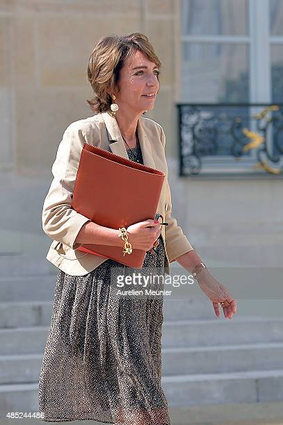 Marisol Touraine French Minister Social Affairs leaves the Elysee Palace after the weekly cabinet meeting on August 26 2015 in Paris France