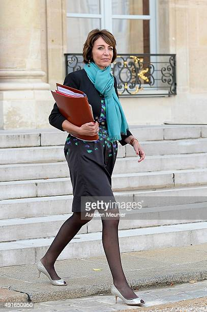 Marisol Touraine French Minister Social Affairs leaves the Elysee Palace after the weekly cabinet meeting on October 7 2015 in Paris France
