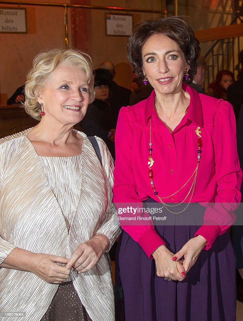 Marisol Touraine, Minister of Social Affairs and Health (R) and actres Marie-Christine Barrault, President of the Gala de l'Espoir charity event against cancer, attend the event at Theatre du Chatelet on November 12, 2012 in Paris, France.