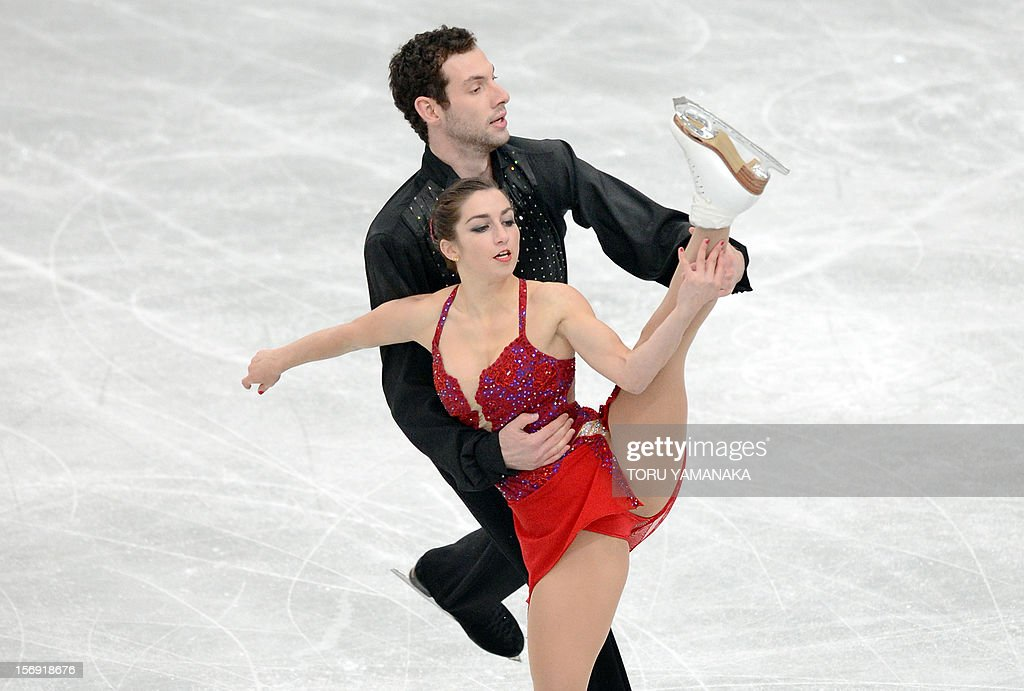 Marissa Castelli (front) and Simon Shnapir (back) of the US perform during the pairs' free skating in the NHK Trophy, the last leg of the six-stage ISU figure skating Grand Prix series, in Rifu, northern Japan, on November 25, 2012. The US pair won bronze medals in the competition. AFP PHOTO/Toru YAMANAKA