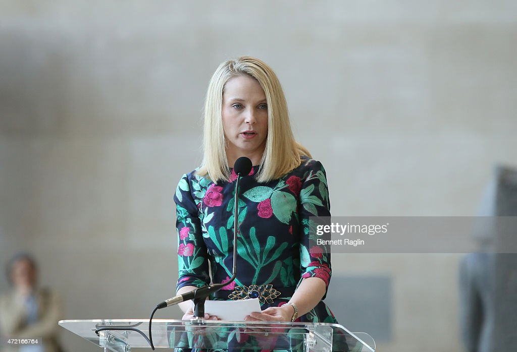 <a gi-track='captionPersonalityLinkClicked' href=/galleries/search?phrase=Marissa+Mayer&family=editorial&specificpeople=5577875 ng-click='$event.stopPropagation()'>Marissa Mayer</a>, President and CEO of Yahoo attends 'China: Through The Looking Glass' Costume Institute Benefit Gala - Press Preview at Metropolitan Museum of Art on May 4, 2015 in New York City.