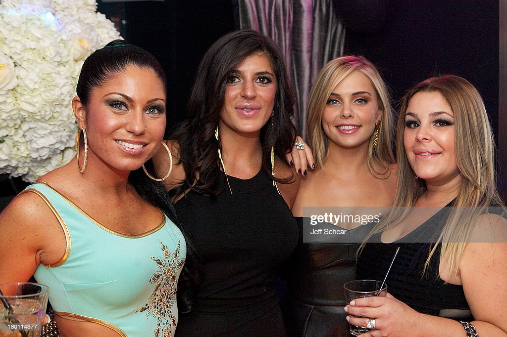 Marissa, Raquel, Ryan and Roxanne attend the MIAMI MONKEY Premiere Party Presented By JustJenn Productions And The Weinstein Company at 49 Grove on September 8, 2013 in New York City.