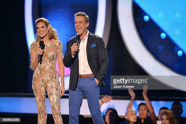 Maritza Rodriguez and Carlos Ponce onstage at Telemundo's Premios Tu Mundo 'Your World' Awards at American Airlines Arena on August 25 2016 in Miami...