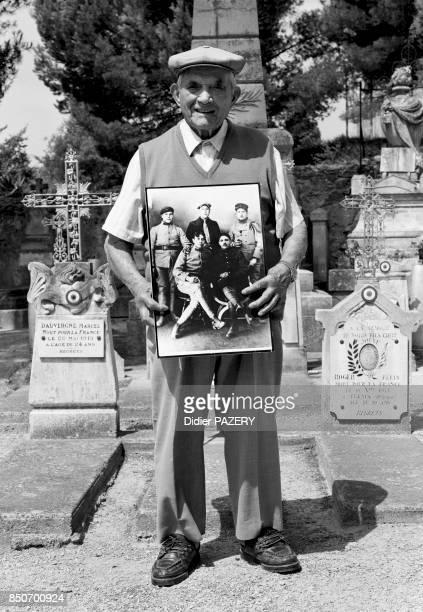 Marius Estratat né à CaumontsurDurance le 27 septembre 1897 Mobilisé à la fin de l'année 1916 blessé à deux reprises il combat au Chemin des Dames...