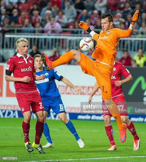 Marius Mueller of 1 FC Kaiserslautern defends the ball during the second Bundesliga match between 1 FC Kaiserslautern and SC Paderborn at...