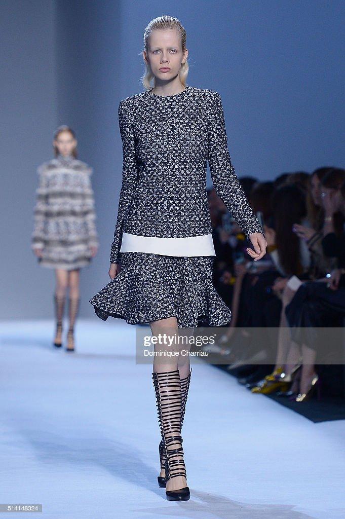 Marjan Jonkman walks the runway during the Giambattista Valli show as part of the Paris Fashion Week Womenswear Fall/Winter 2016/2017 on March 7 2016...