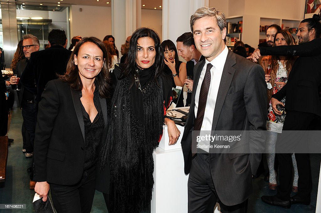Marjan Malkapour, Maryam Malakpour and Michael Govan attend Director's Circle Celebrates Wear LACMA, Sponsored By NET-A-PORTER And W at LACMA on April 24, 2013 in Los Angeles, California.