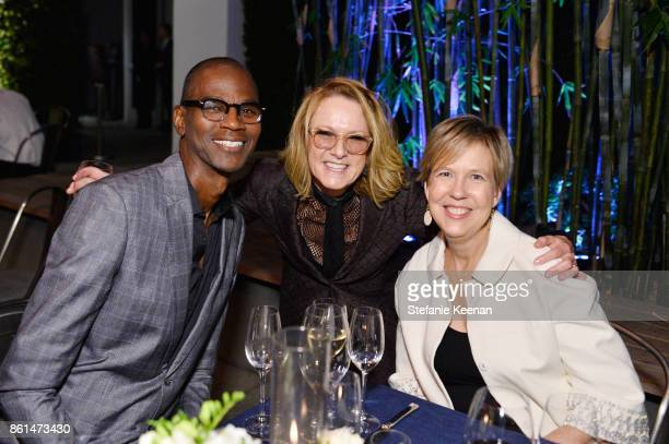 Mark Bradford Ann Philbin and Joanne Heyler at the Hammer Museum 15th Annual Gala in the Garden with Generous Support from Bottega Veneta on October...