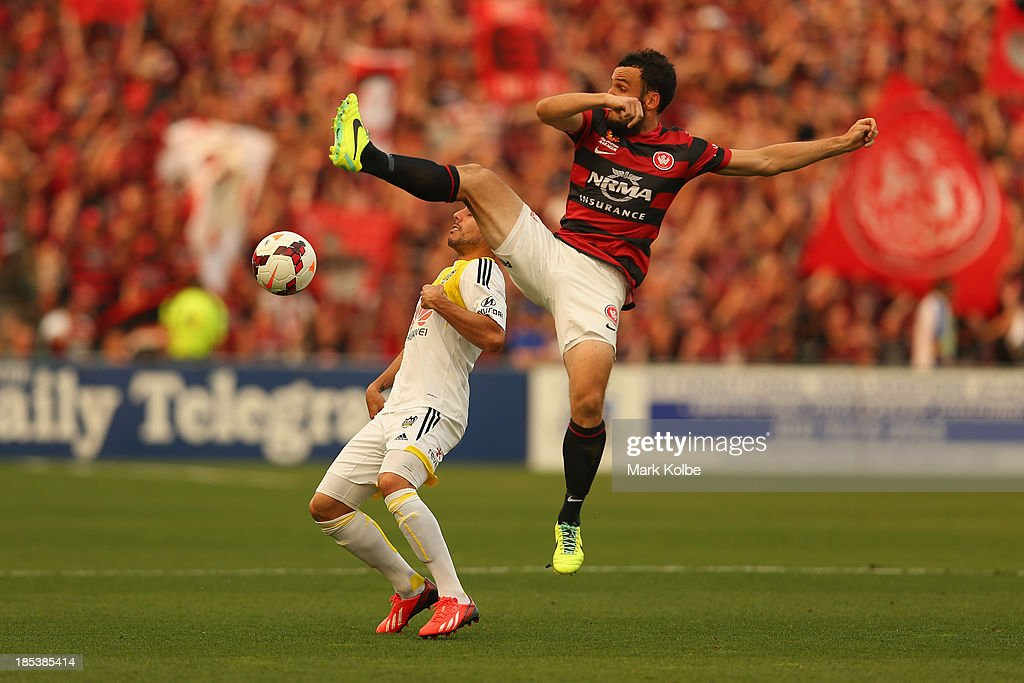 Mark Bridge of the Wanderers kicks during the round two A-League match between the Western Sydney Wanderers and Wellington Phoenix at Parramatta Stadium on October 20, 2013 in Sydney, Australia.