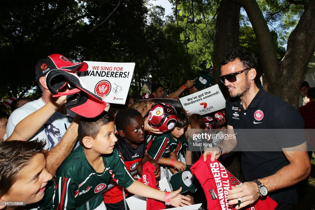 <a gi-track='captionPersonalityLinkClicked' href=/galleries/search?phrase=Mark+Bridge&family=editorial&specificpeople=1630520 ng-click='$event.stopPropagation()'>Mark Bridge</a> signs autographs for fans during a Western Sydney Wanderers A-League Civic Reception on April 23, 2013 in Parramatta, Australia.
