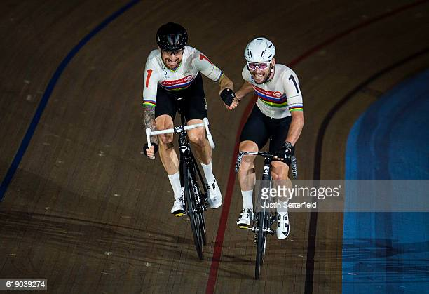 Mark Cavendish and Bradley Wiggins in action during the team elimination during the Six Day London Cycling at the Velodrome on October 29 2016 in...