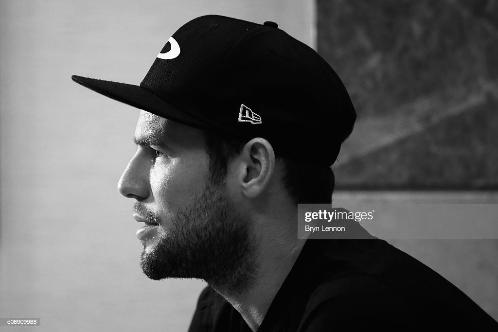 <a gi-track='captionPersonalityLinkClicked' href=/galleries/search?phrase=Mark+Cavendish&family=editorial&specificpeople=684957 ng-click='$event.stopPropagation()'>Mark Cavendish</a> of Great Britain and Dimension Data talks to the media during a press conference ahead of the 2016 Tour of Qatar on February 7, 2016 in Doha, Qatar.