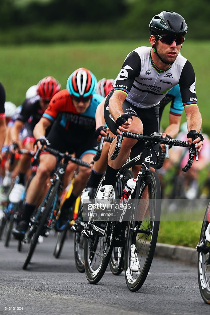 <a gi-track='captionPersonalityLinkClicked' href=/galleries/search?phrase=Mark+Cavendish&family=editorial&specificpeople=684957 ng-click='$event.stopPropagation()'>Mark Cavendish</a> of Great Britain and Team Dimension Data in action during the Elite Men's 2016 National Road Championships on June 26, 2016 in Stockton-on-Tees, England.