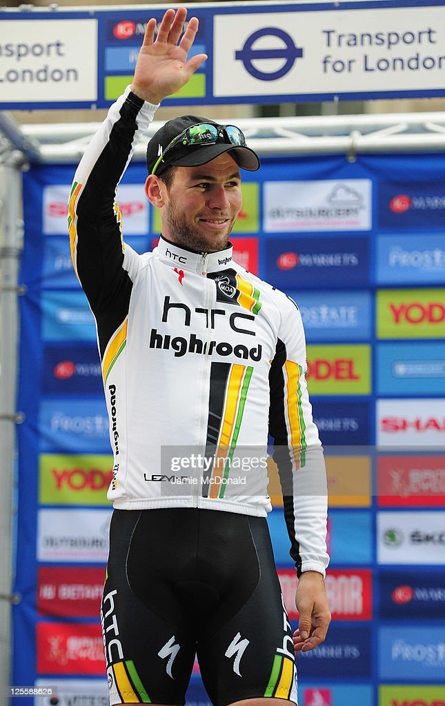 <a gi-track='captionPersonalityLinkClicked' href=/galleries/search?phrase=Mark+Cavendish&family=editorial&specificpeople=684957 ng-click='$event.stopPropagation()'>Mark Cavendish</a> of Great Britain and Team HTC Highroad wins Stage Eight of the Tour of Britain at Whitehall on September 18, 2011 in London, England.