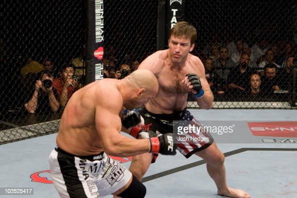 Mark Coleman def Stephan Bonnar Unanimous Decision during UFC 100 at Mandalay Bay Events Center on July 11 2009 in Las Vegas Nevada