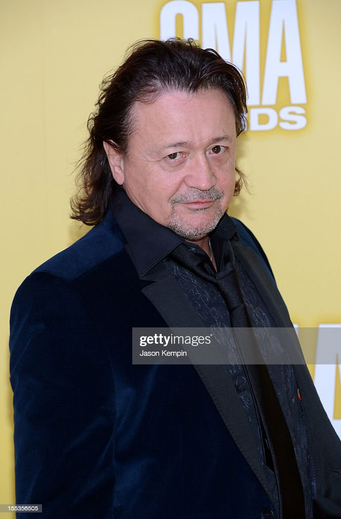 Mark Collie attends the 46th annual CMA Awards at the Bridgestone Arena on November 1, 2012 in Nashville, Tennessee.