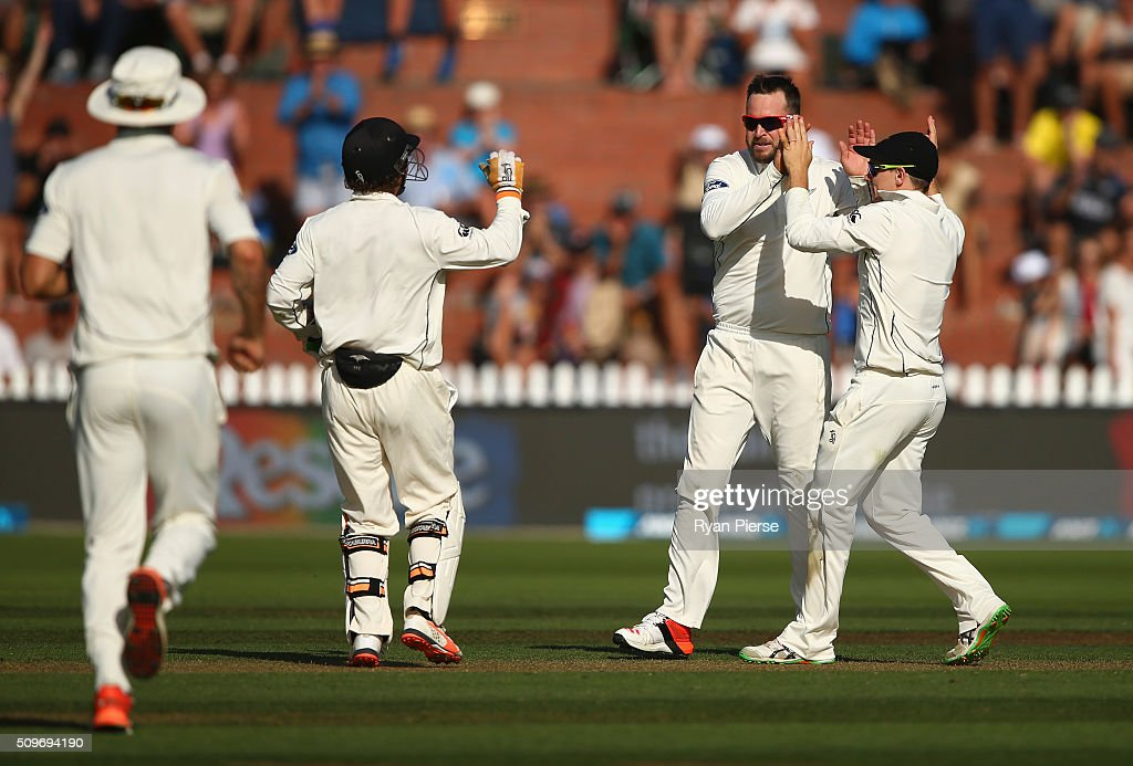 <a gi-track='captionPersonalityLinkClicked' href=/galleries/search?phrase=Mark+Craig+-+Cricket+Player&family=editorial&specificpeople=14229975 ng-click='$event.stopPropagation()'>Mark Craig</a> of New Zealand celebrates after taking the wicket of Steve Smith of Australia during day one of the Test match between New Zealand and Australia at Basin Reserve on February 12, 2016 in Wellington, New Zealand.