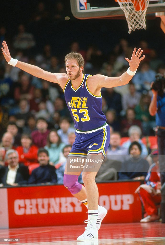Mark Eaton of the Utah Jazz in action against the Washington Bullets during an NBA basketball game circa 1989 at the Capital Centre in Landover...